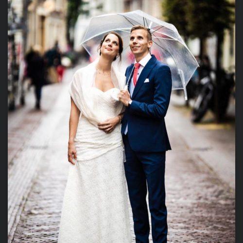 4_bruidspaar paraplu